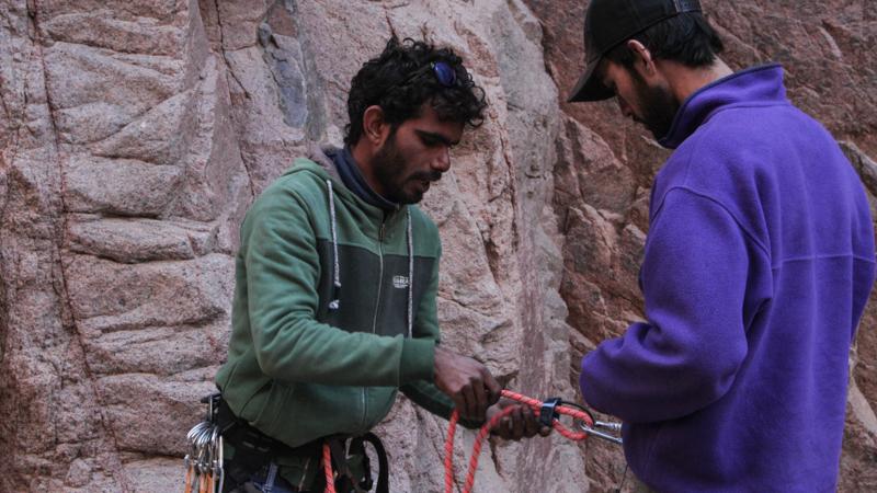 learn-rock-climbing-IMG_5600