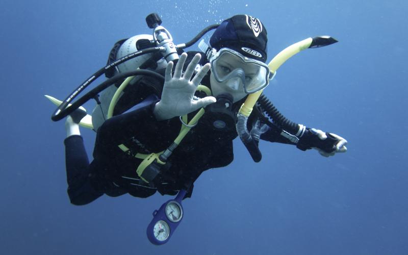 junior scuba diving
