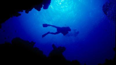 canyon-dive-site-dahab-by-joachim-rode